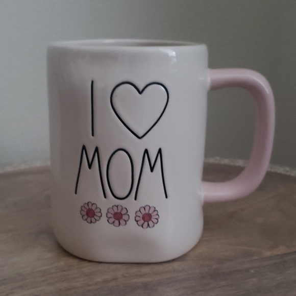 New Rae Dunn HTF I heart Mom pink flowers mug